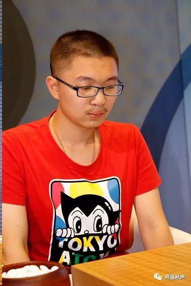 LG杯冠军杨鼎新