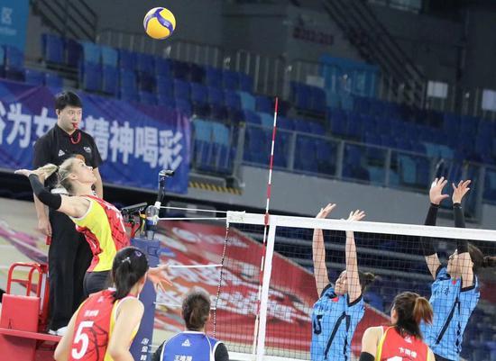 利普曼强还是朱婷硬?上海与天津女排总决赛预演