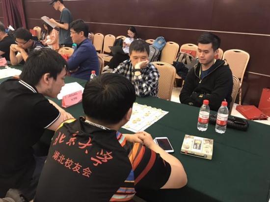 中国象棋世界冠军王天一接受联棋挑战