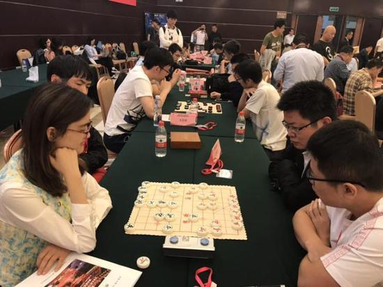 中国象棋女子世界冠军唐丹接受联棋挑战