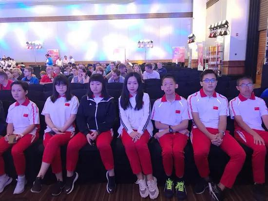 从左至右依次为蔡博珩、张潇、颜天琪、李齐、孙嘉骏、王仕戌、吴皓