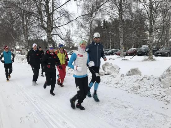 中国冬季两项队携北欧两项队 化整为零体能上台阶