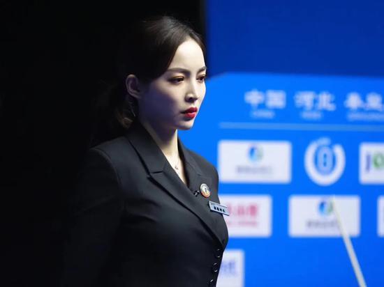 """""""一站青年""""王钟瑶:只有我能裁判我自己"""