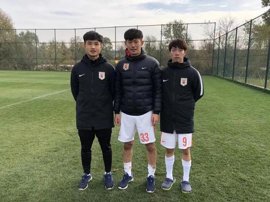 去西班牙买球队:两个中国解说员和他们的足球生意(图7)