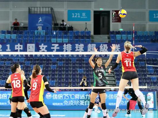 荡气回肠大逆转! 评论员给上海女排贴上了这标签