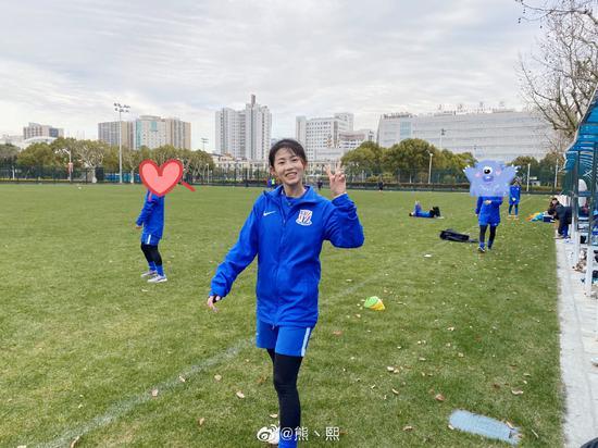 【博狗体育】熊熙回应退役:眼睛有小问题 若恢复再考虑踢不踢球