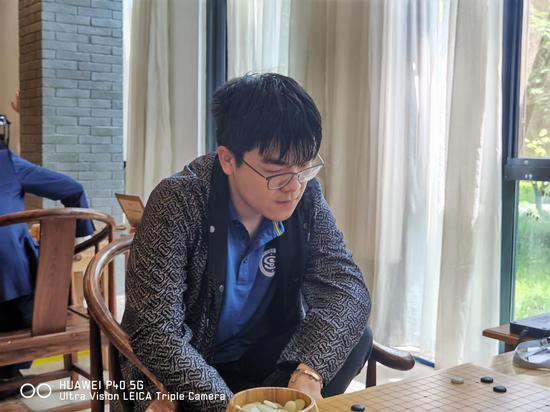 围甲首轮柯洁战胜苦手丁浩 卫冕冠军江西3-1重庆