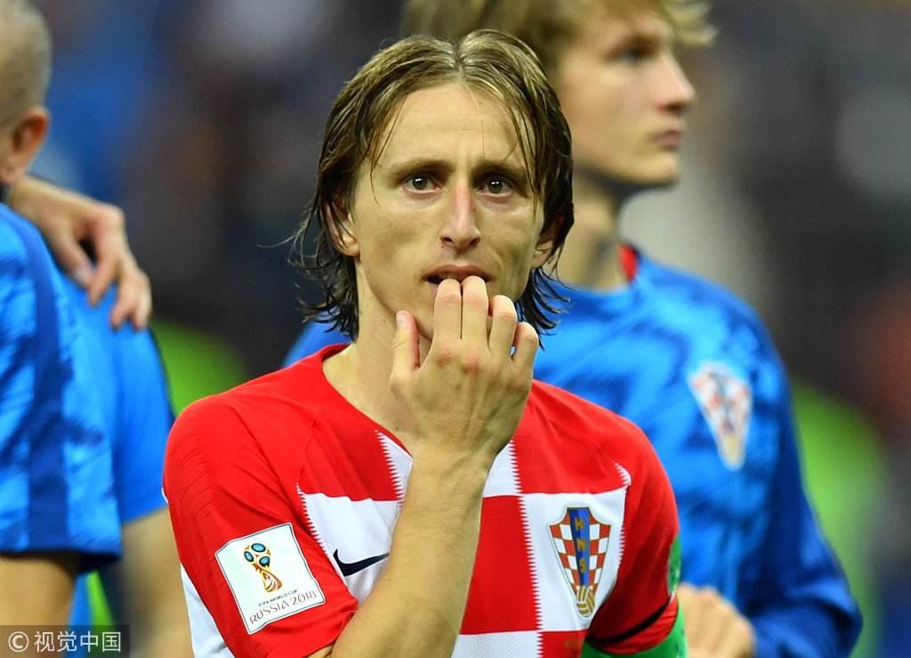 莫德里奇凭借世界杯逆袭入选。
