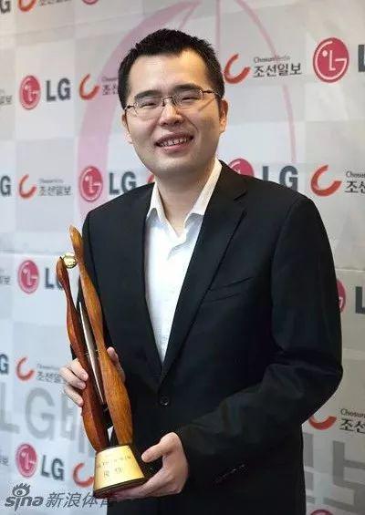 柁嘉熹助力深圳前之海 领队:团队齐心最重要