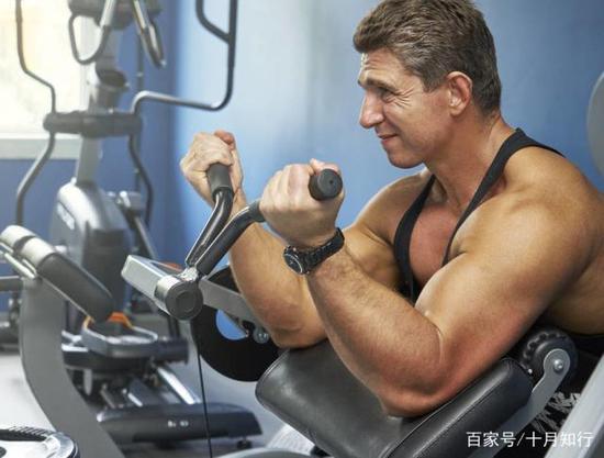 手臂训练,9个动作,虐爆肱二头肌,让手臂肌肉撑破袖口