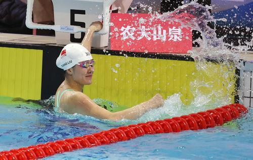 中国游泳新年迎全新赛事 余贺新和刘湘2021开门红