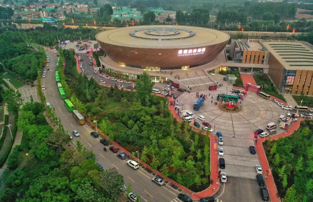 中国男女篮将时隔15年又次退开古城正西服置竞赛