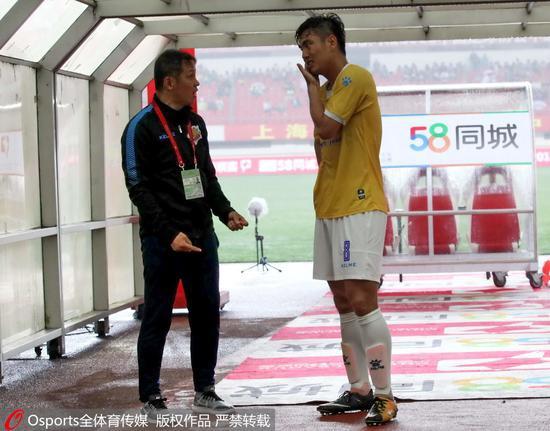 朱炯和球员无力改变申鑫的局面。