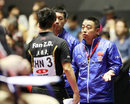 """从""""超级新人""""到""""MVP"""" 樊振东都经历了什么?"""