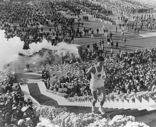 56年前的今天东京奥运会开幕 那年也有疫情发生……