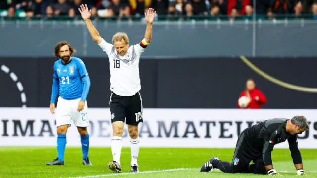 视频-卡纳瓦罗自摆乌龙 传奇元老赛意大利3-3德国