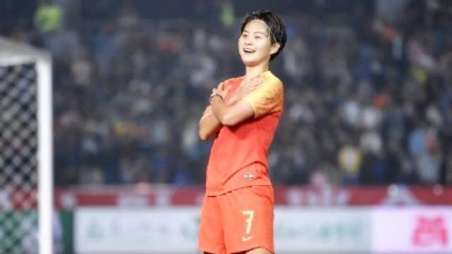 王霜梅开二度女足2-0胜新西兰