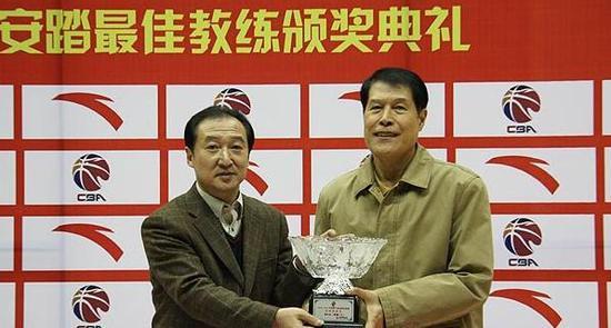 蒋兴权在中国男篮和CBA都树立了自己的地位