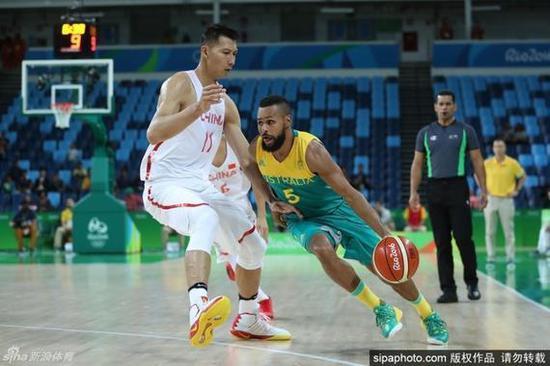 中国男篮连续两届奥运遭遇澳大利亚