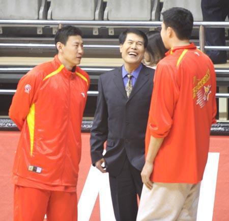 如今的老蒋是在享受篮球