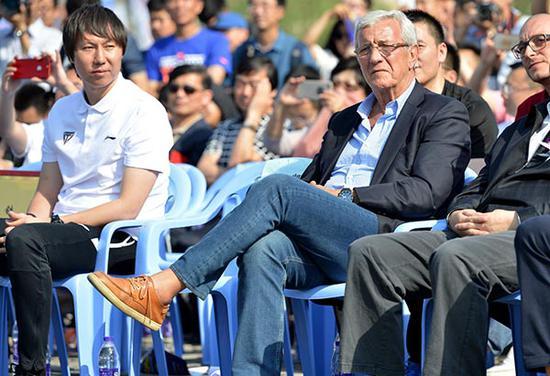5月18日,李鐵生日當天,位於瀋陽渾河河畔的李鐵8號足球公園宣佈正式對市民開放。東方IC 圖