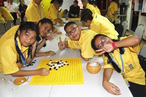 在快乐中体验五子棋