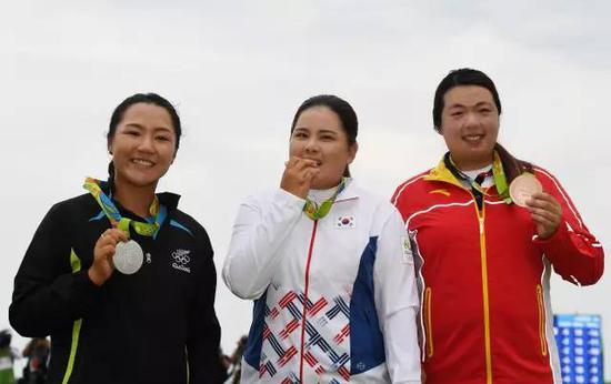 夺得中国女子高尔夫项目首个奖牌