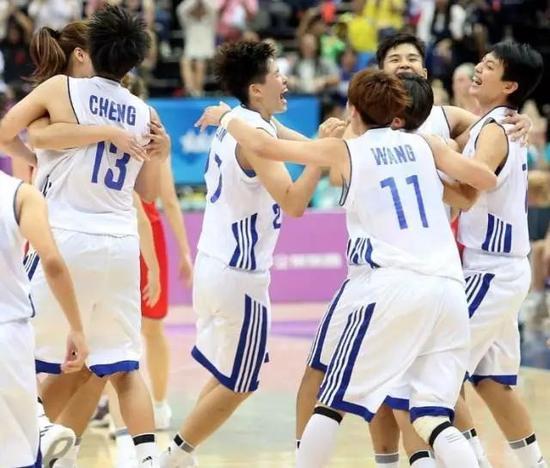 但像这一届台北世大运欢乐到没边没际的情况,还真是不多见。