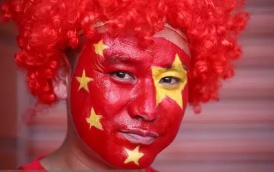 我于是痴痴地想,如果在南京奥体得胜,我们便朗声齐唱《好一朵美丽的茉莉花》好了。