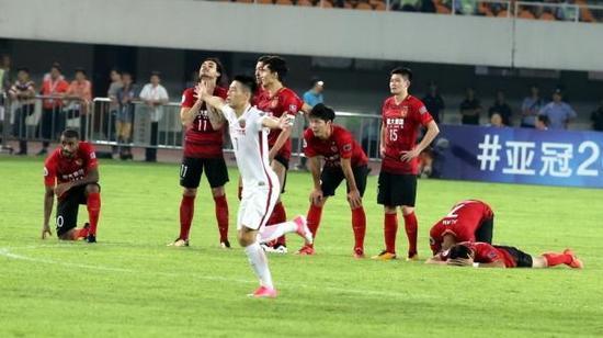 接下来,恒大和上港还有足协杯半决赛的较量