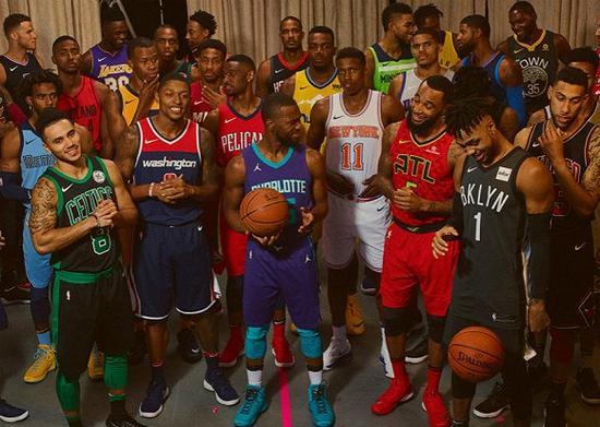 从阿迪手里抢走NBA的耐克想怎么做球衣生意