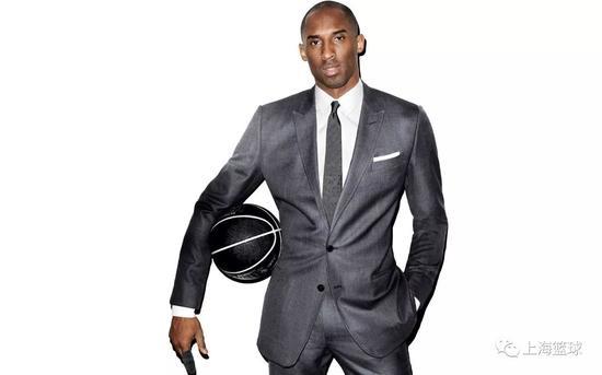 NBA特有的着装令以商务便装的形象示人