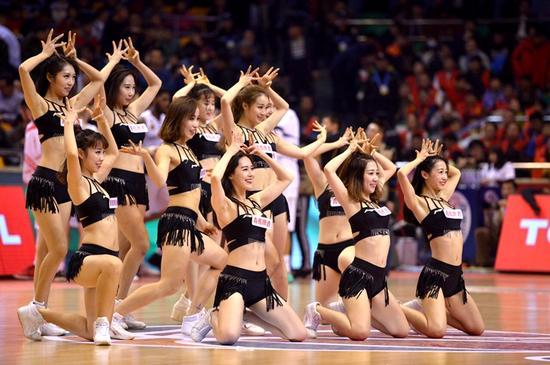 滨州年轻舞蹈老师辞职只为参与