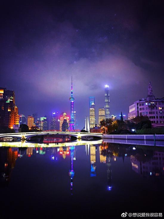 璀璨夜色苏州河
