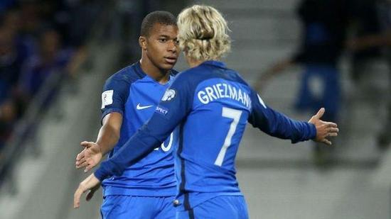 姆巴佩与格里兹曼,谁会成为这支法国队的领袖?