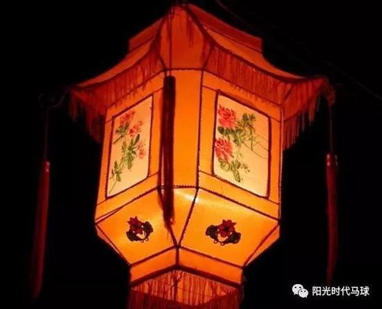 象征人财两旺五谷丰登带你探寻走马灯的假日神农架历史滑雪场国际大酒店图片