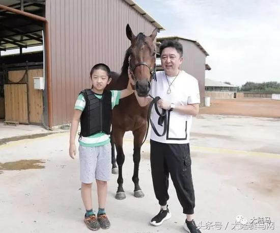 不遗余力推广马术!于谦担任中国少年儿童马文化大使