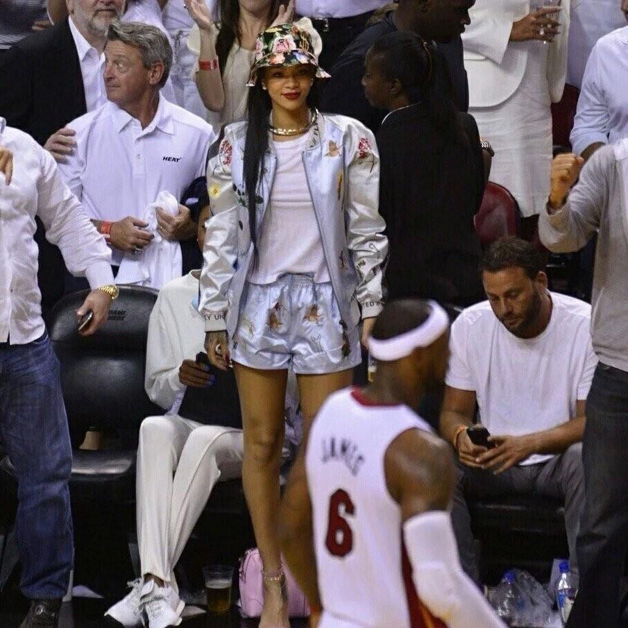 NBA场边女球迷究竟能有多疯狂?看完有点眼晕