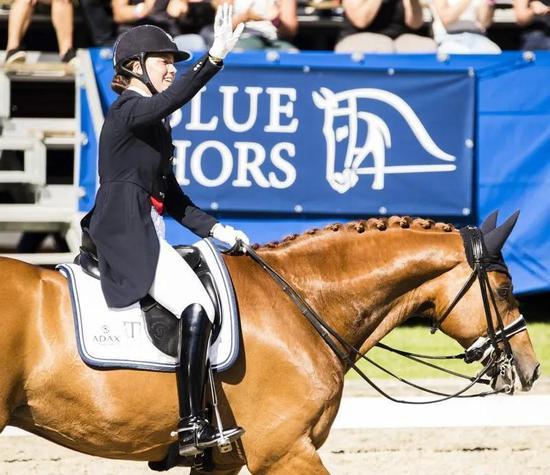 丹麦骑手搭档17岁马匹国际马联盛装舞步世界杯哥德堡站夺冠