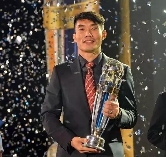 郑智当选亚洲足球先生