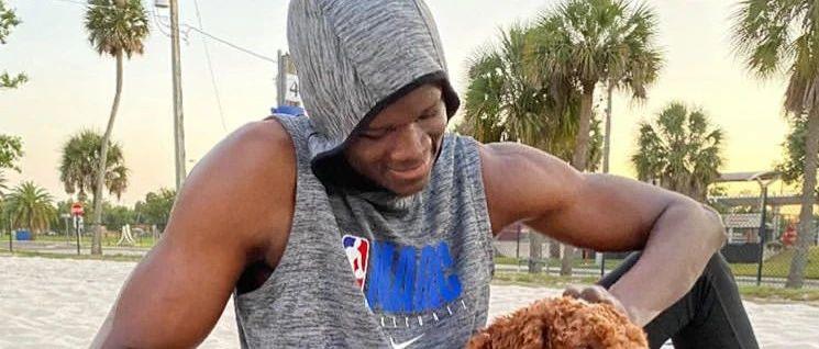 NBA第一臂展怪两个月增重25斤肌肉!他比威少快