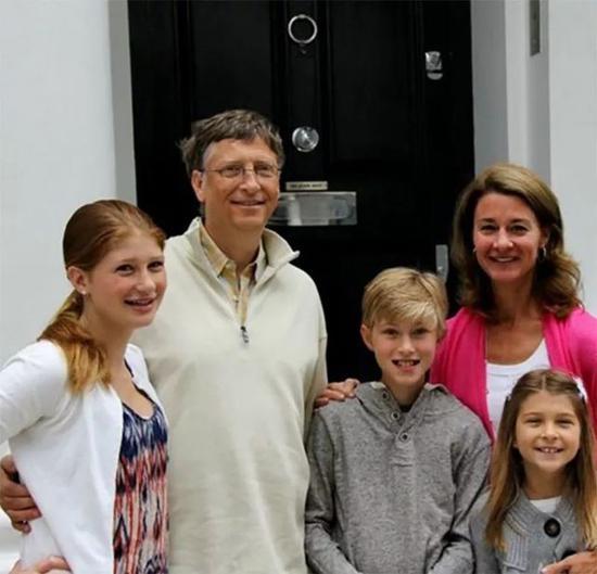 全球第一白富美比尔盖茨的女儿恋爱了:26岁男友不仅是学霸,还是马术冠军!