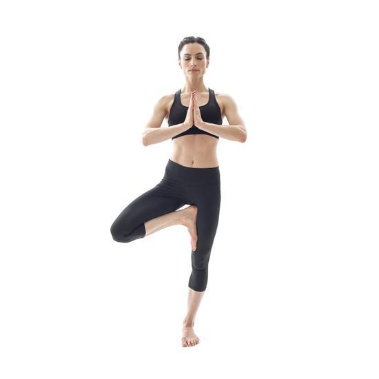 平衡性测试:树式瑜伽