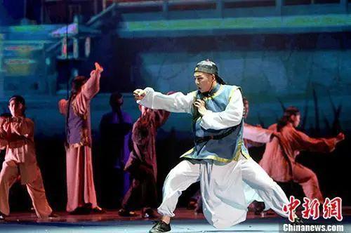 """中国人是""""东亚病夫""""? 100年前的他用拳头回应"""
