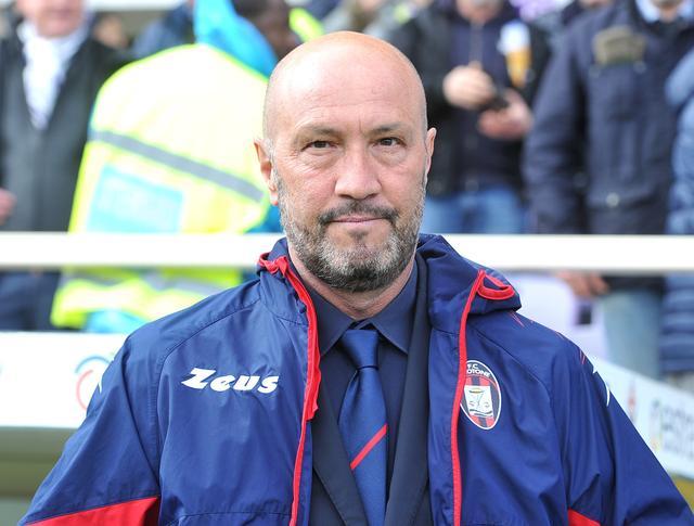 曾加:AC米兰可考虑留任皮奥利 或选择加斯佩里尼