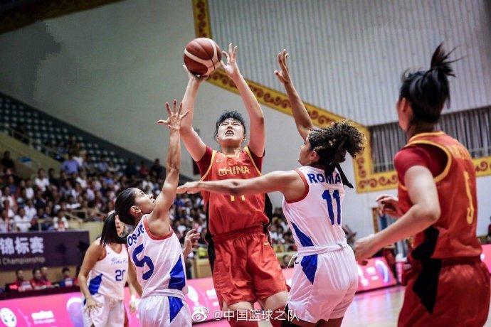 热身赛-中国女篮大胜波多黎各 李月汝砍18+14