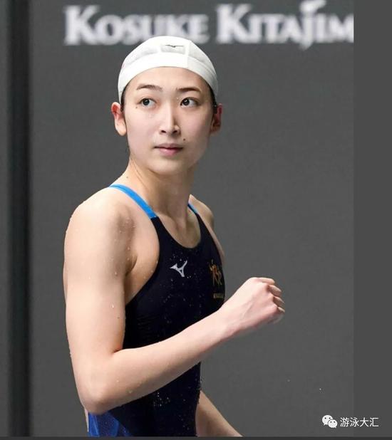 挑战最爱的蝶泳 池江璃花子报名公开赛50蝶100蝶