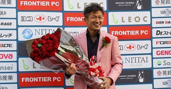三浦知良是亚洲足球的传奇。