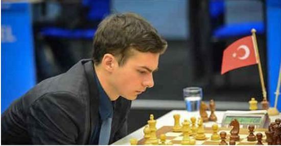 前世青冠军伊帕托夫:国象引擎对一般棋手没有帮助