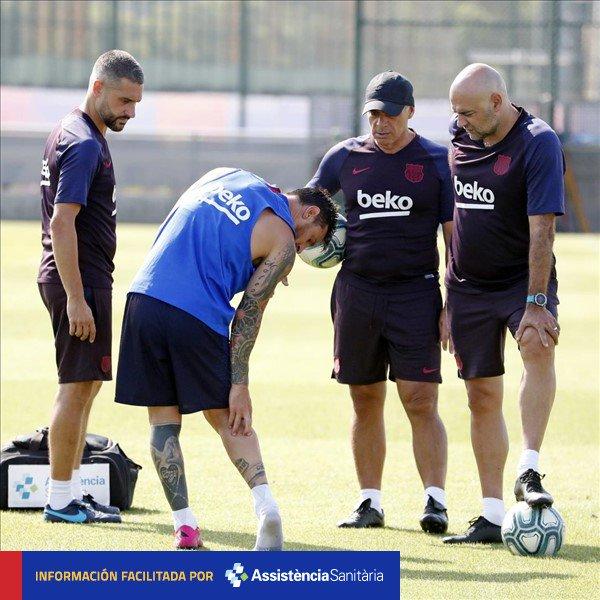 梅西在训练中受伤